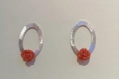 """little-roses"" Silber, Koralle (Preis auf Anfrage)"