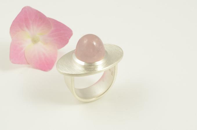 """rose"" Silber, rosa Quarz (Preis auf Anfrage)"